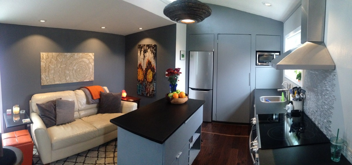 the benefits living in a small Advantages of tiny home living why live in a tiny house (photo credits) living in a tiny home is becoming more and more appealing to a growing number of families.